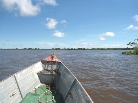 Ao fundo, Brasil. À direita, ponta norte da Isla Margarita.